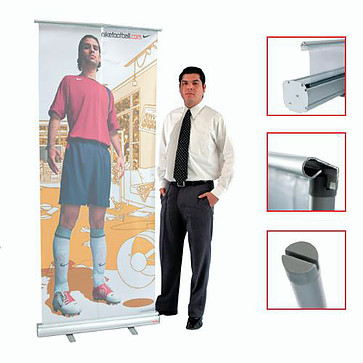 ROLL UP STAND 80 x 200cm